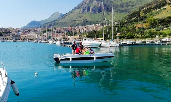 Rent Blumax Center Console In Castellammare Del Golfo, Italy