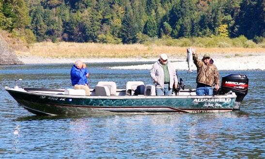 Alumaweld Boat Guided Fishing Trips In Klamath
