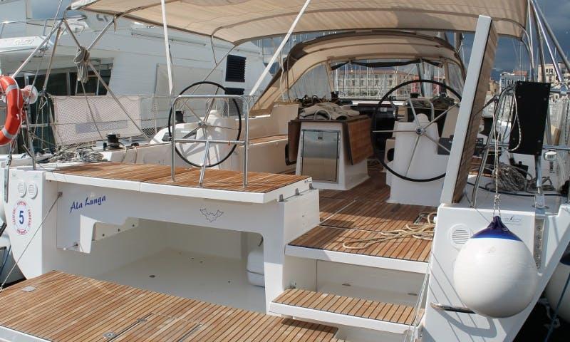 Dufour 560 Ala Lunga Cruising Monohull in Palermo, Sicilia For Charter
