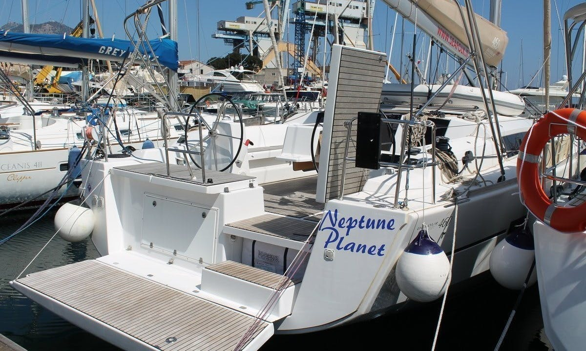 """Cruise along the Palermo, Sicilia with this Dufour 460 """"Neptune Planet"""