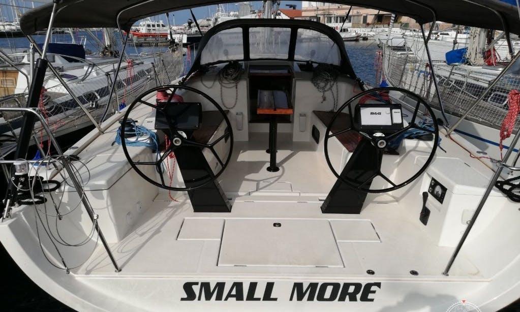 """More 40 """"Small More"""" Cruising Monohull Charter in Palermo, Sicilia"""