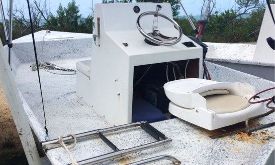Great Chance To Explore Long Island, Bahamas Aboard 16' Skiff Center Console