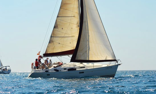 Private Tour In Sail Boat For Sightseeing In Barcelona
