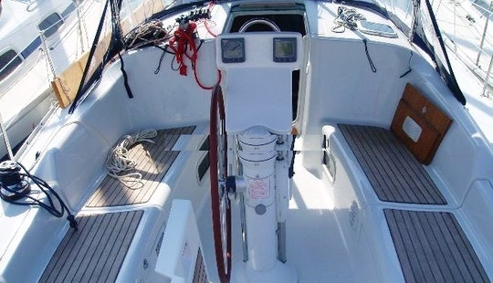 Grab This Great Deal To Charter Naysika Oceanis 343 In Pireas, Greece