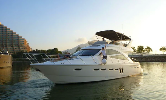 Sealine T50 Motor Yacht For 20 People In Hong Kong Island