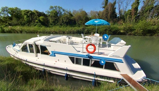 42' Continentale Canal Boat For 3-5 Night Cruise From Nieuwpoort, Belgium