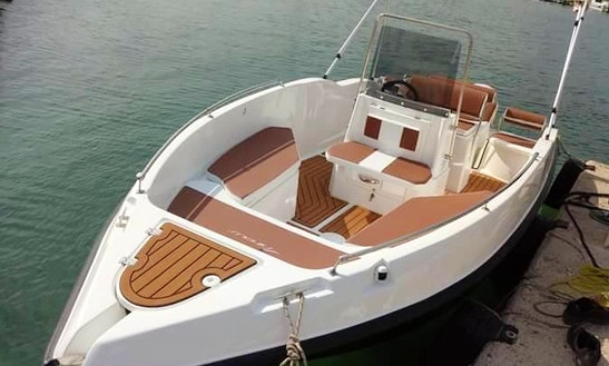 Nierus 530 Center Console For 8 People In Sivota, Greece