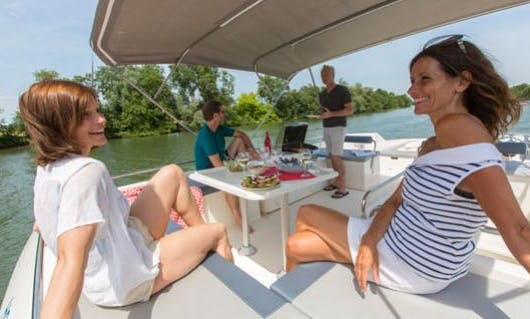 Amazing Cruise aboard the 8 Person Motor Yacht in Burgundy, France