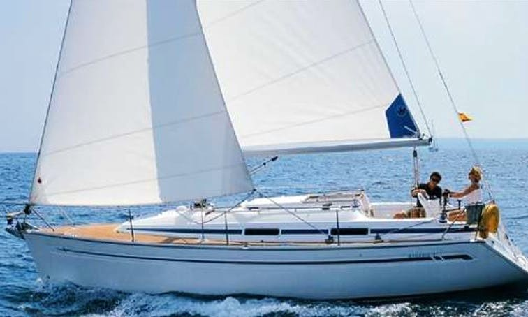 2000 Bavaria 31 Sailing rental in Lisboa for 6 people