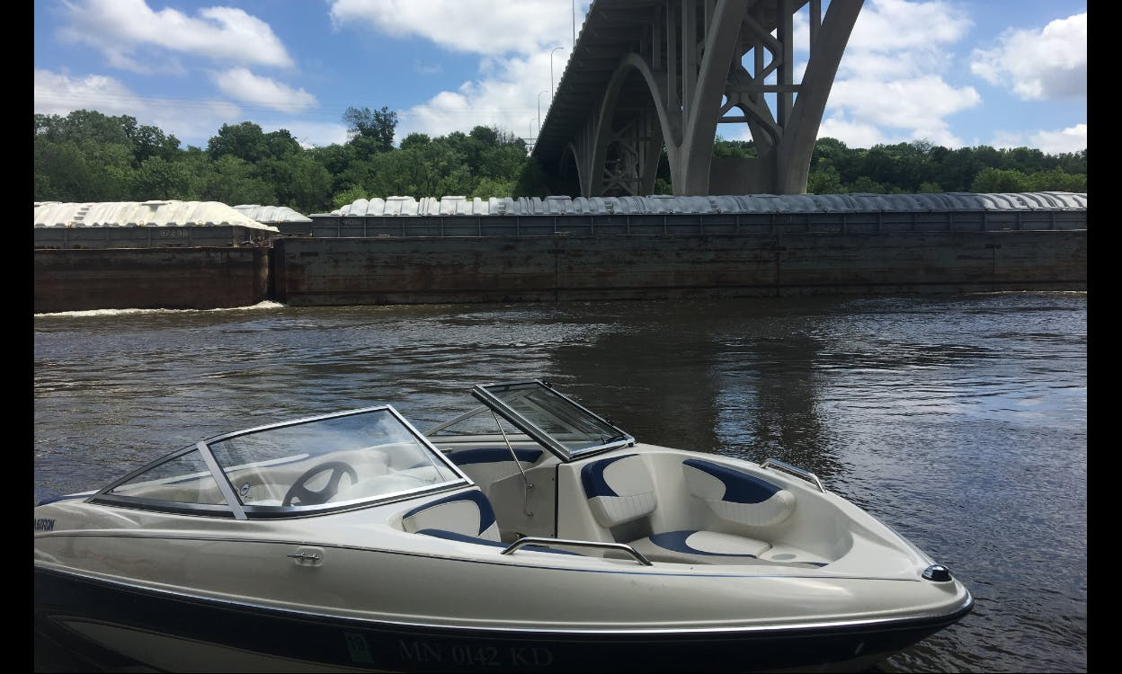 Deck Boat rental with Captain Hastings area