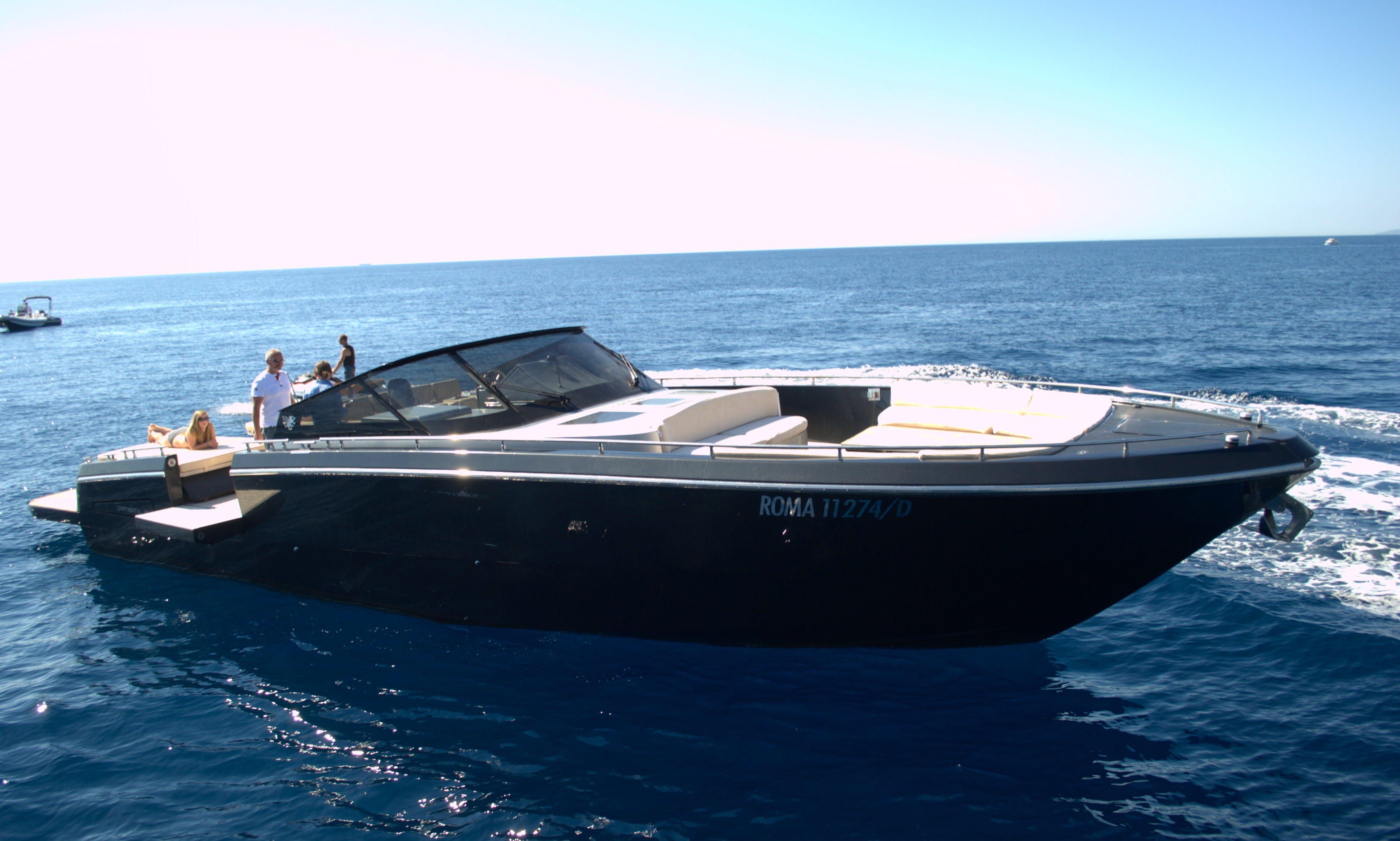 Motor Yacht rental in Saint-Raphaël