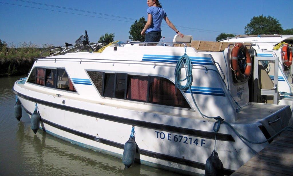 "Enjoy Côte de Beaune Cruise on a ""Cirrus B"" Canal Boat"