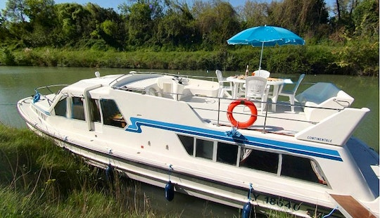 Beautiful 6 Person Canal Boat To Cruise In Brittany, France   The Dukes Of Brittany Cruise