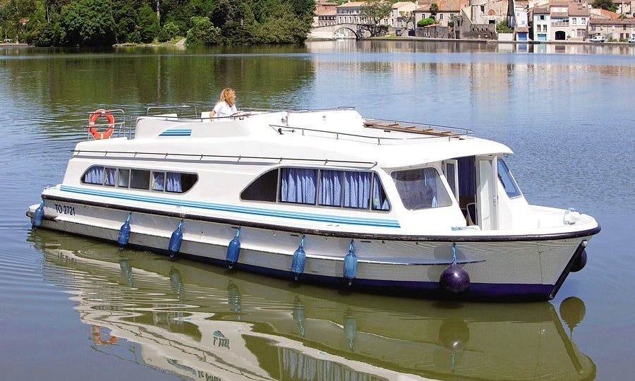 The Corsaires Cruise aboard the 10 Person Canal Boat in Brittany, France
