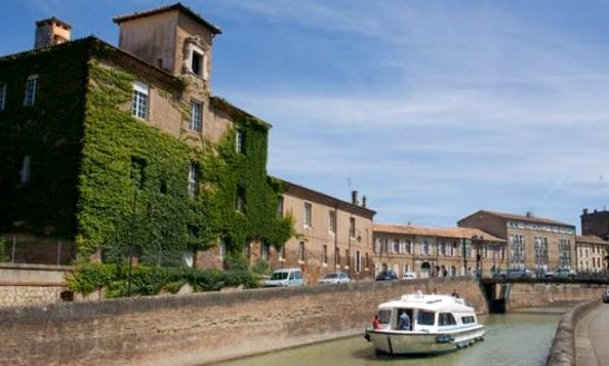 Luxury 47' Canal Boat For 10 Person | The Arts And Armagnac Long Break Cruise