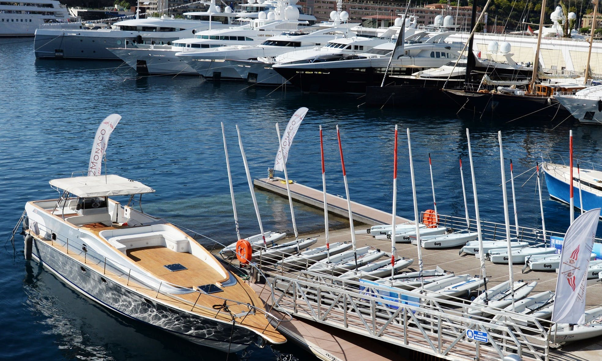 14 People Cigarette Motor Yacht in Menton, France