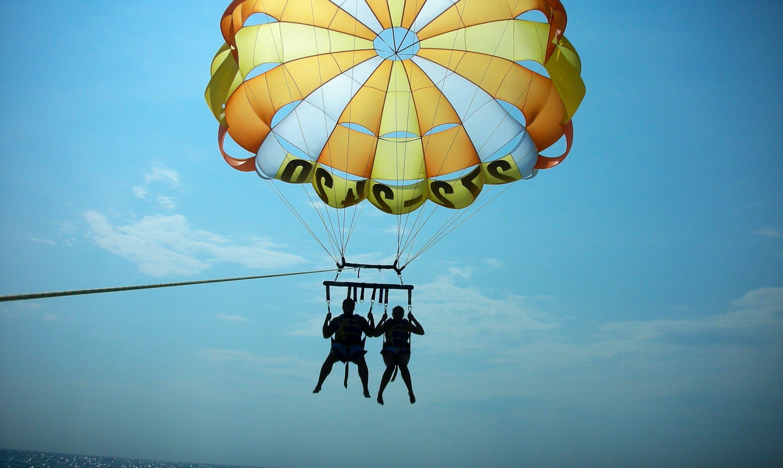 Experience The Adventurous Parasailing in Antalya, Turkey
