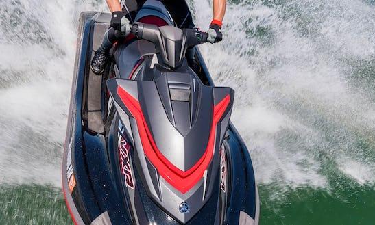 2x 2018 Yamaha Vxr Waverunners