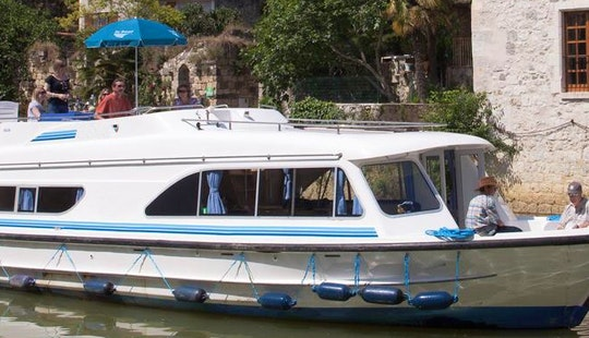 The Meridonial Cruise In Canal Du Midi, France Aboard 12 Person Canal Boat