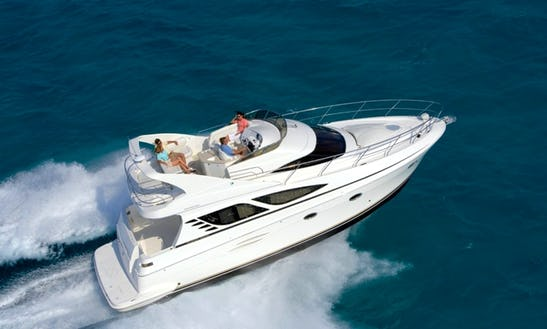 6 Person Motor Yacht For Charter In Washington Dc