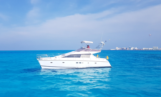 Power Catamaran Rental In Cancún