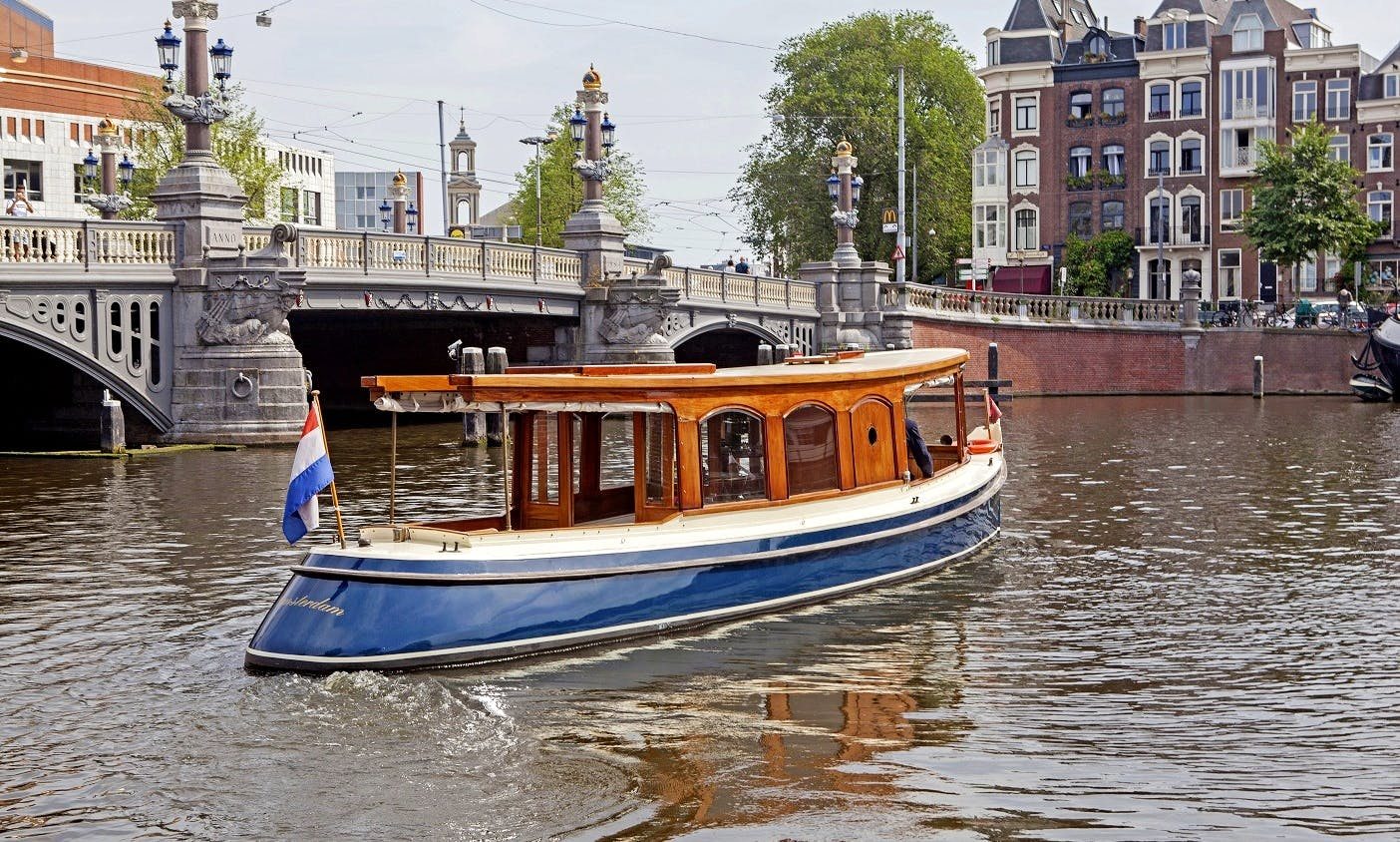 """Private """"Elisabeth"""" Canal Boat rental in Amsterdam"""