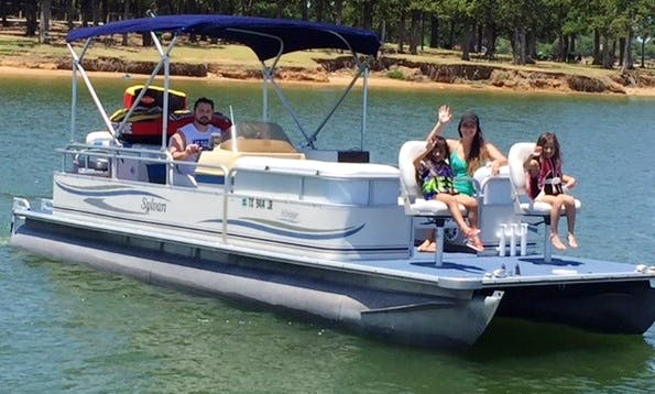 Pontoon Rental in Lewisville, Texas