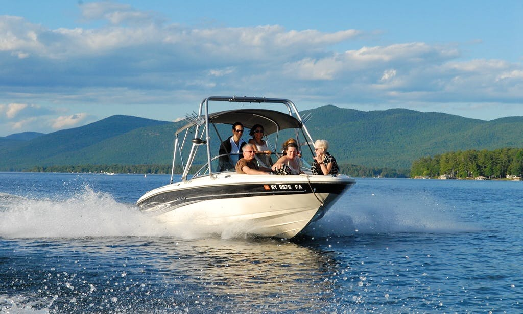 Private Boat Tours on our 21' Sea Ray Sport on Lake George
