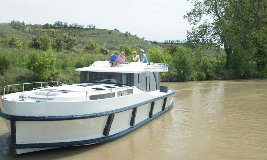 A Wonderful 44' Canal Boat for 7 Person in Canal du Midi, France