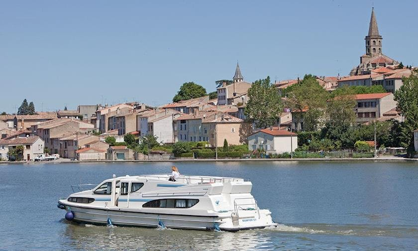 Canal du Midi Boating Vacation with the family
