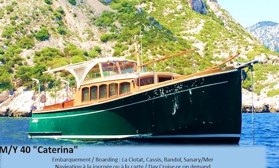 Motor Yacht Rental In Cassis