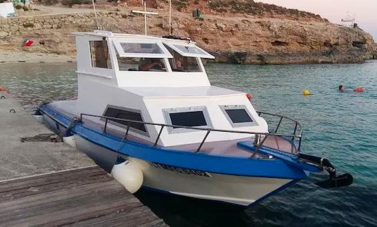 25 Mv Seabreeze Cuddy Cabin Charter In Il-mellieħa, Malta For 8 People