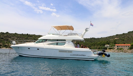 Cruise With This Jeanneau Prestige 46 Fly For 10 Person In Split, Croatia