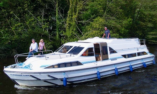 Charter A Comfortable 42' Canal Boat In Alsace-lorraine, France