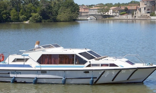 Rent A 32 Ft Canal Boat In Canal Du Midi, France