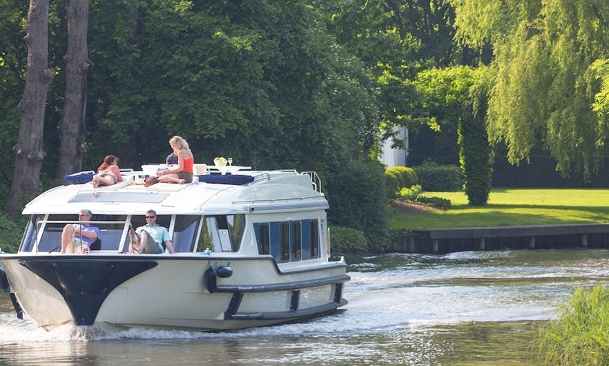 4 Nights Castelnaudary to Trèbes Trip aboard the 49' Canal Boat in France