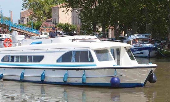 Take Delight In A 43' Canal Boat For Rent In Amsterdam, Holland