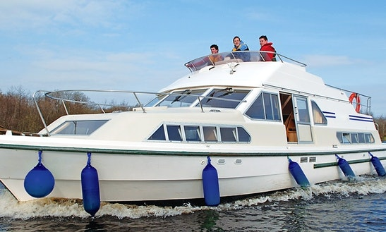 Boating Adventure For 14 Nights Aboard 42' Canal Boat In Brittany, France