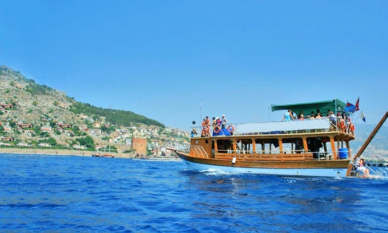 Diving Boat Trips For Beginner And Certified Divers In Turkey