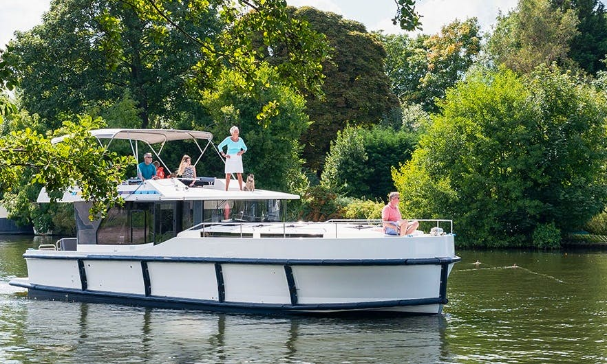 Travel in with a 42' Canal Boat in Carrick On Shannon, Ireland Good for 10 Persons.