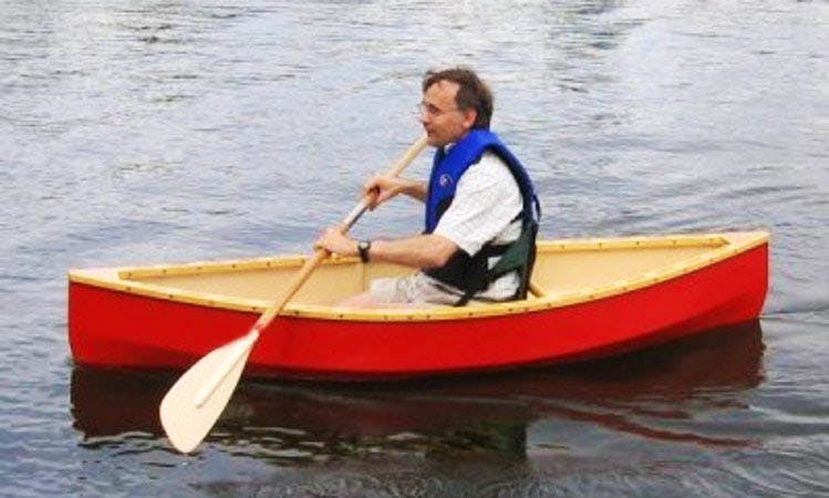 Hire a Single Canoe for 1 Day in Waco, Texas