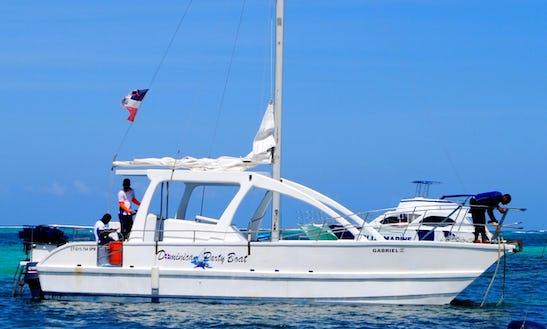 Mega Sailing Catamaran Tour