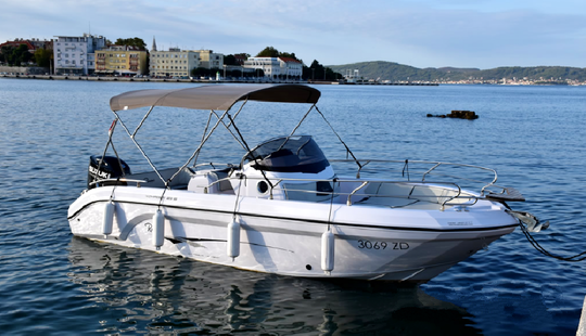 Raniery Voyager 23 S Center Console Charter In Zadar, Croatia For 8 Persons