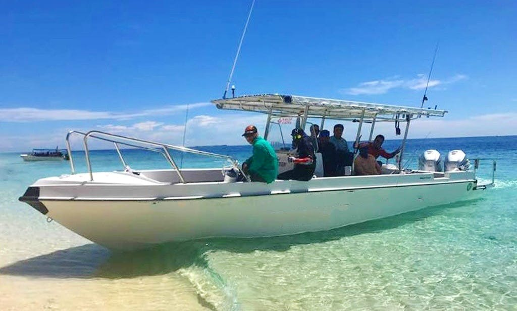 Enjoy Fishing in Semporna, Sabah, Malaysia on Center Console. Poseidon boat is a dedicated jigging boat that is based in Semporna rich marine life.
