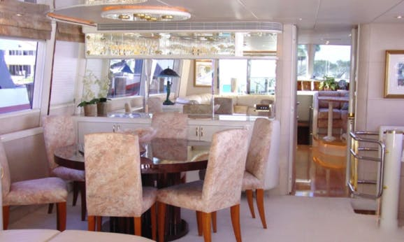 Lazzara 76 - Explore Palm Beach in Style