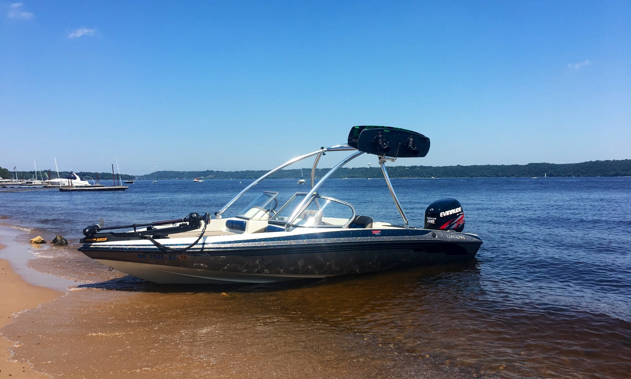 Bowrider boat rental in White Bear Lake