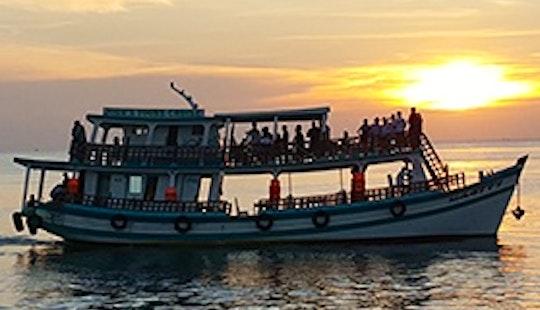 Night Squid Fishing & Dinner Cruise In Phu Quoc, Vietnam