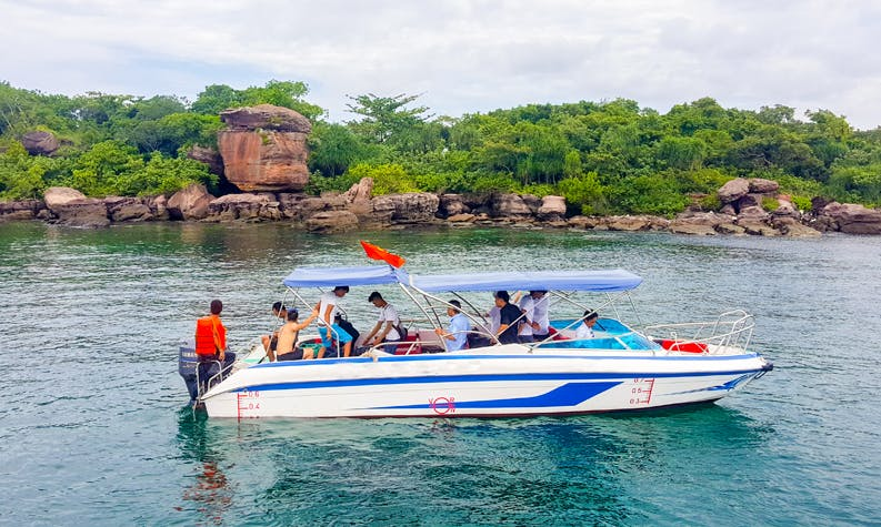 4 Islands Trip to the South in Phu Quoc, Vietnam by speed boat for up to 12 people