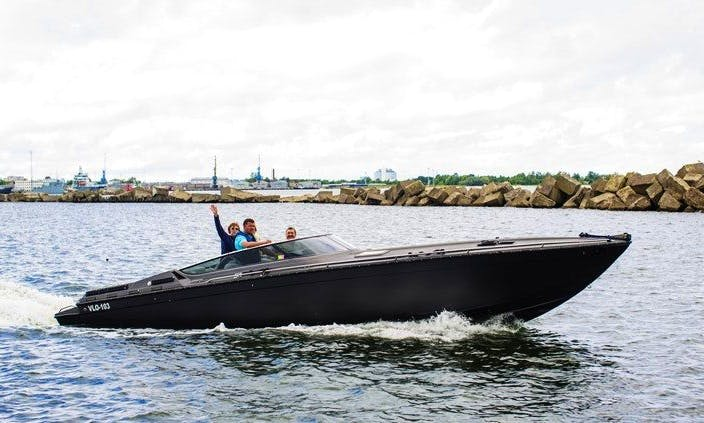 Formula F311 powerboat for rent near Tallinn, Estonia