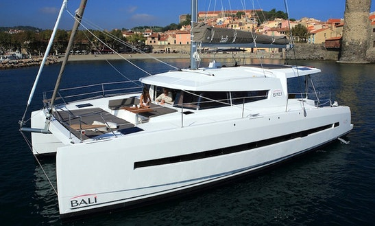 Power Catamaran Rental In Eivissa
